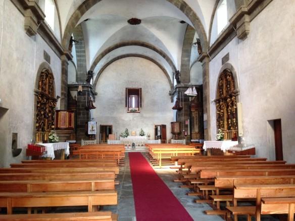 修復された聖堂内部