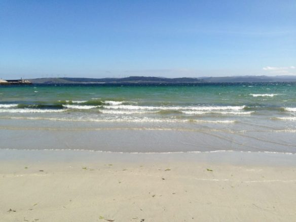 アルベルゲまえの砂浜