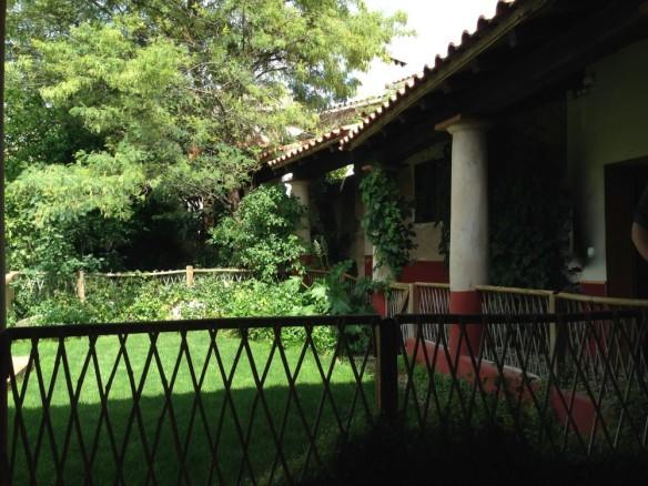古代ローマ風の中庭