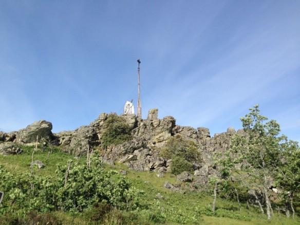 岩山の十字架